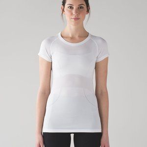 Lululemon White Short Sleeve Swiftly Tee Size 10